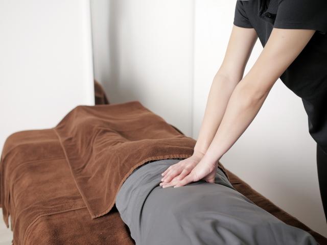 柔道整復師とはどのような人で何ができる? | 明石の【オアシス整骨院】が提供する施術のイメージ