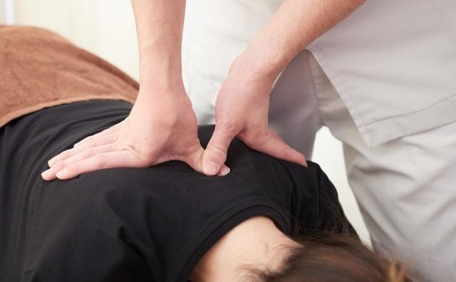腕・肩・腰・足などを痛めた際に役立つ「RICE処置」